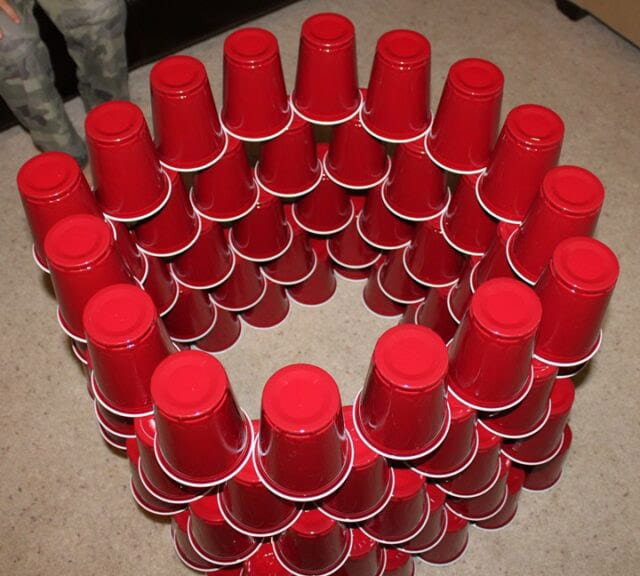 stack 100 cups